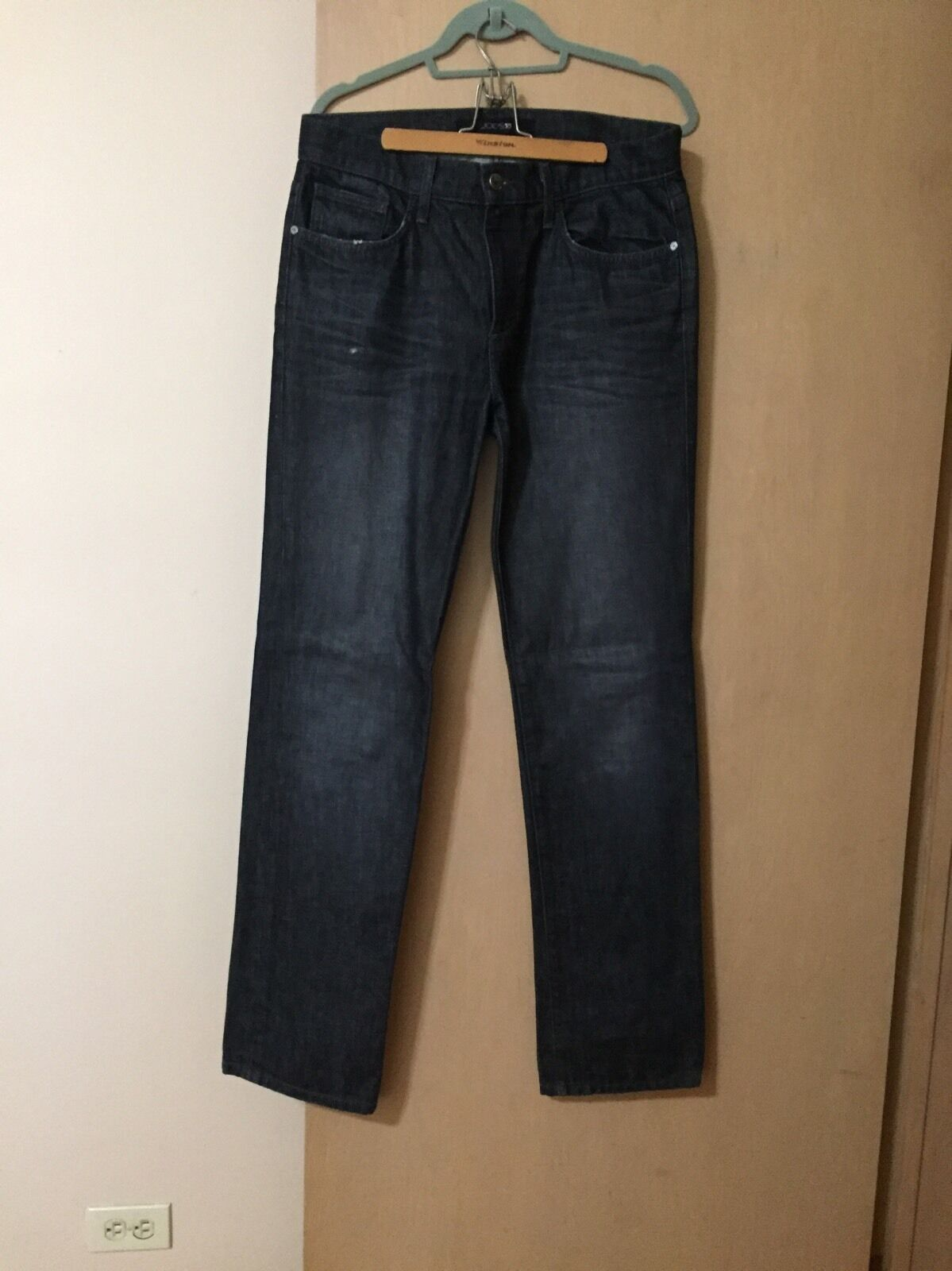 Brand New Joes Dark Wash 32 Classic Fit Jeans