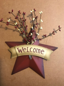 8-034-Country-Burgundy-WELCOME-Metal-Barn-STAR-pip-berries-berry-Decor-Sign