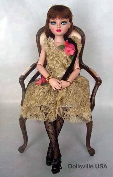 Ellowyne Wilde Doll Gilded Gloom 011-185 NRFB
