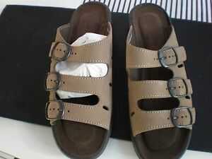 f87fc88ccf9a NEW Clarks Springers SANDALS Sz 6.5 wide made in ITALY SLIP ONES ...