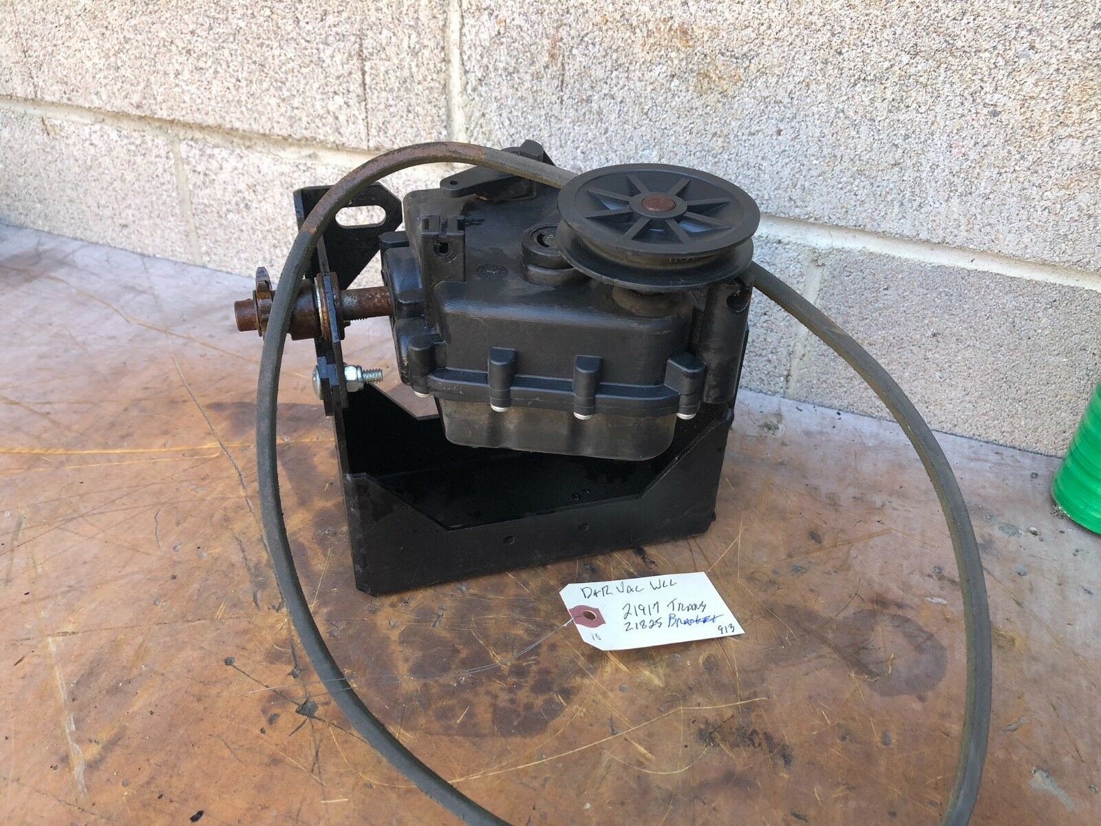 DR POWER EQUIPMENT LEAF VAC TRANSMISSION 21917