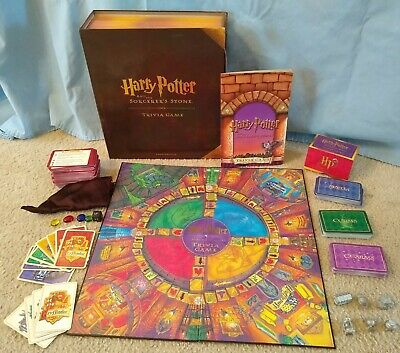 Harry Potter and The Sorcerer/'s Stone Board Game University Games 2000 Complete