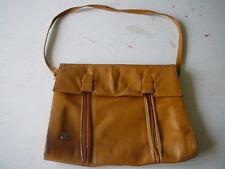 sac à main JC vintage 70's cuir fauve porté épaule