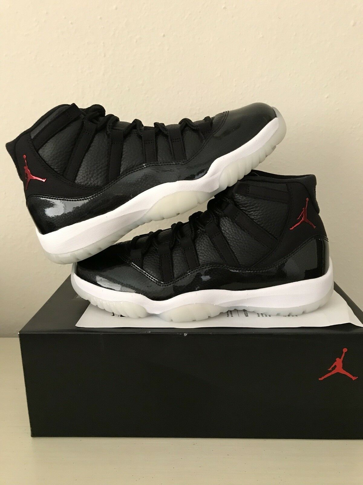 Air Jordan 11 Retro 72-10 Comfortable Cheap and beautiful fashion