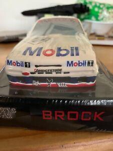 Peter-Brock-Bathurst-1987-HOLDEN-HDT-VL-Commodore-Ceramic-money-box-1-18-Scale