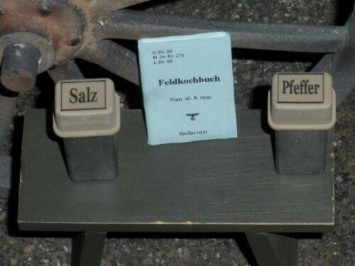 "1:6 scale WW II German Cook/'s /""SALT-PEPPER-COOKBOOK/"" set"