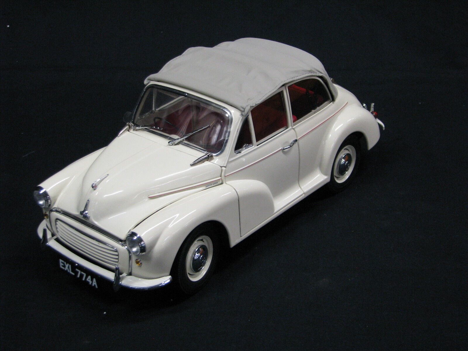 Sun Star Morris Minor 1000 Tourer 1 12 Beige