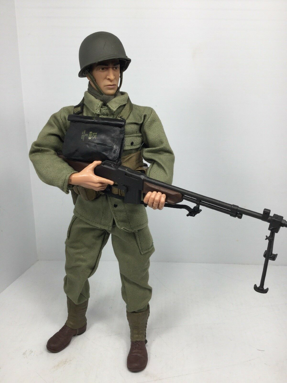 16 21ST CENTURY US 29TH INF DIV BAR GUNNER  FULLY LOADED  WW2 DRAGON BBI DID
