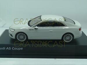 AUDI-A5-Coupe-Blanco-Glaciar-1-43-Spark-Distribuidor-modelo-nuevo
