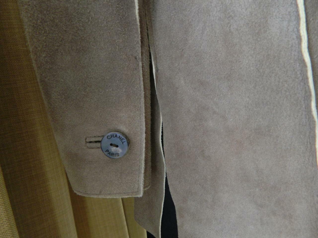 CHANEL Jacket Deer Skin Suede Chanel Horn Button … - image 5
