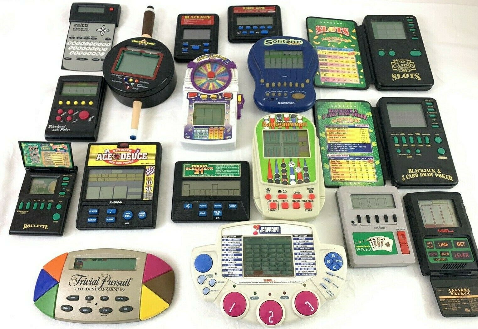 17 Pc Lot VTG Handhållen Electronic spel MGA Tiger Poker Slots Casino spel & Mer