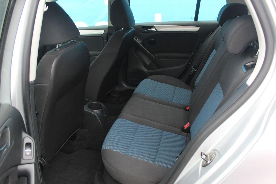 VW Golf VI 1,6 TDi 105 BlueMotion Diesel modelår 2012 km
