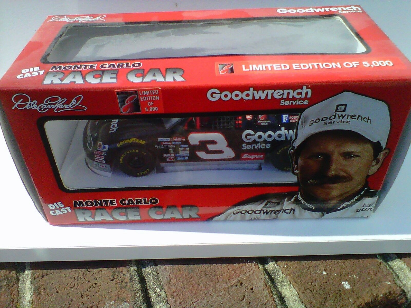 1995 Dale Earnhardt Goodwrench Club E 1 24 exclusive car