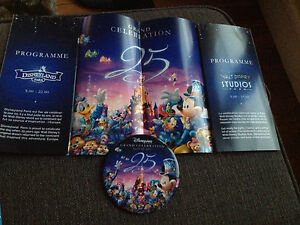 Badge et programme 12 Avril 2017 Disneyland Paris 25 anniversaire collector - France - État : Neuf: Objet neuf et intact, n'ayant jamais servi, non ouvert. Consulter l'annonce du vendeur pour avoir plus de détails. ... - France