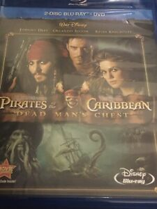 Pirates-Of-The-Caribbean-Dead-Man-039-s-Chest-2-Disc-Blu-ray-DVD