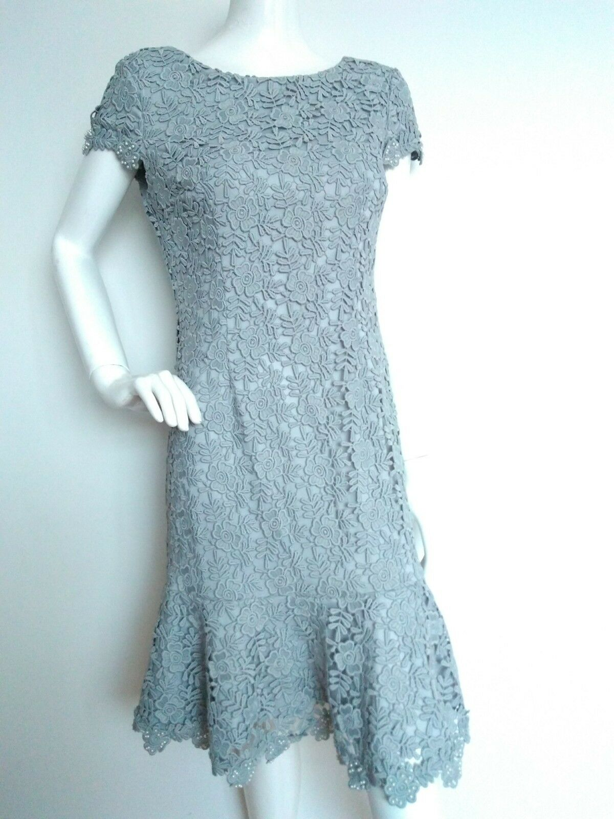 Designer GINA BACCONI lace dress Größe 12 --NEW WITH TAGS-- grau knee length