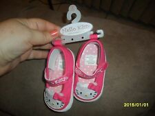 NWT Sanrio Hello Kitty Shoes 6-9 Months Booties