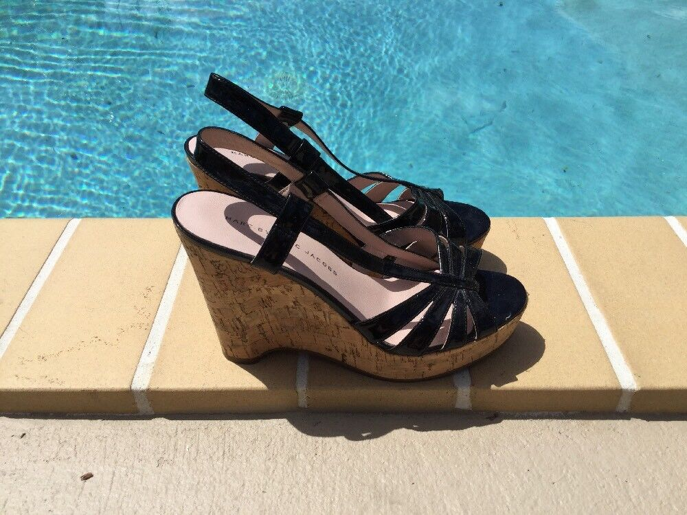 Marc by Marc Jacobs noir Cuir verni Cork Wedge Sandales Escarpins SZ 37.5 M