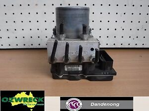 HOLDEN-COMMODORE-VE-ABS-MODULE-0265951818
