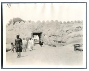 Nigeria-Kano-Porte-de-la-ville-indigene-Vintage-silver-print-Serie-de-photos