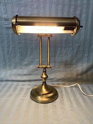 Acabado En Bronce Antiguo Underwriters, Underwriters Laboratories Portable Lamp E 20773