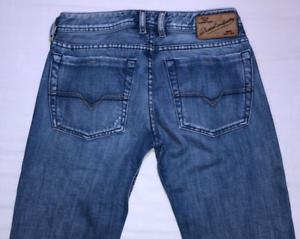 Da-Uomo-Diesel-Zatiny-Jeans-W30-L32-Blu-Bootcut-Wash-008AR