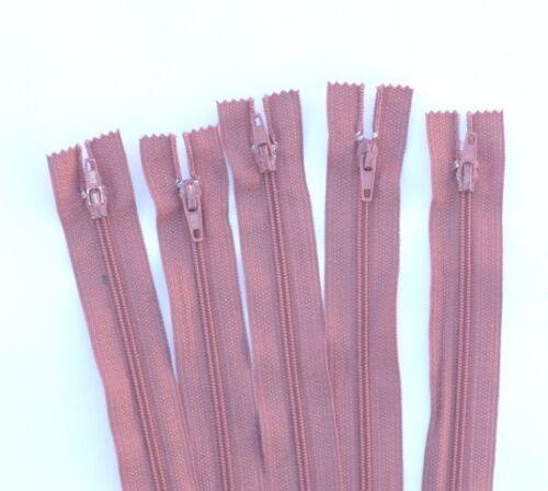 """Zips No.3 nylon c//end zippers in white cream 12/"""" dark cream /& rose 12 inch"""