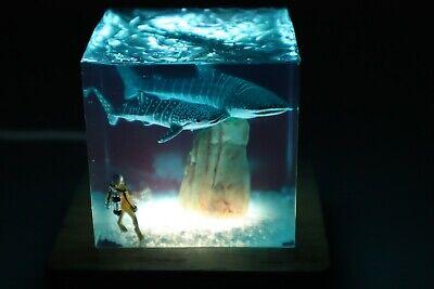 Resin Marine Cube Sharks Scuba diver Desktop Furniture Decoration USB Night ligh