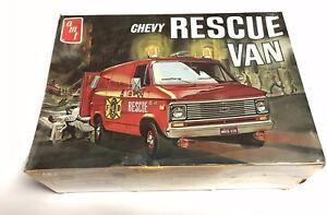 Unbuilt-original-AMT-Chevy-Rescue-Van-1-25-scale-model-kit-T516-300-NEW-SEALED