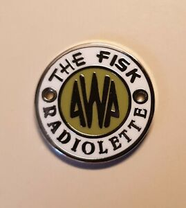 Green-Awa-Radiolette-badge-new-In-now-These-are-the-historically-correct-ones