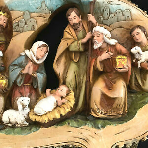 Napco Wood Cut Oval Nativity Scene Wall Hanging