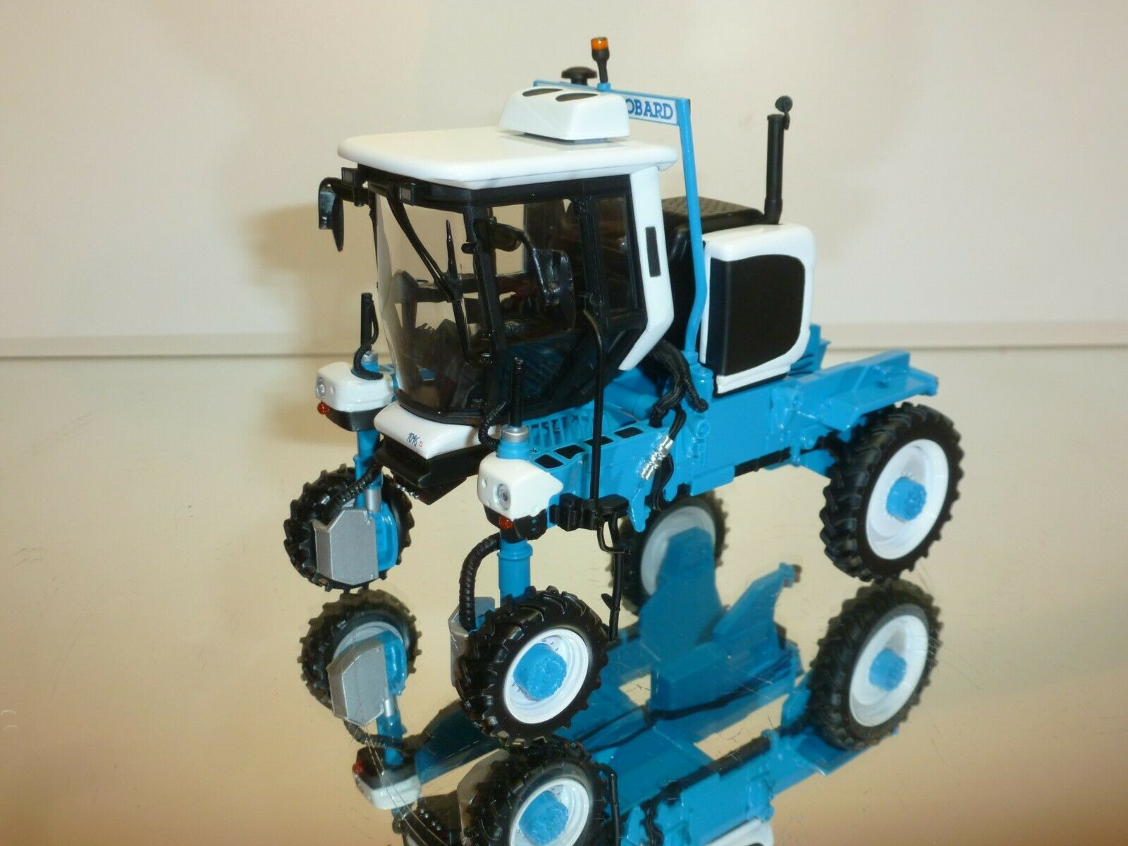 MPS DEVELOPMENT BOBARD 1096 STRADDLE TRACTOR - blueE 1 32 - VERY GOOD CONDITION