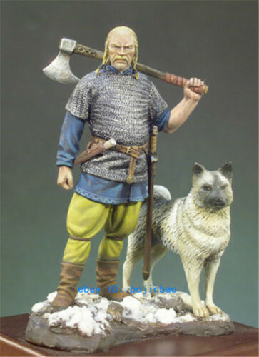1//32 Scale 54mm Viking And Dog Unpaint Resin Kits Model Statue Old Man Figure GK
