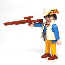 Playmobil Figure Jungle Safari Explorer Animal Print Hat Scope Rifle 3018
