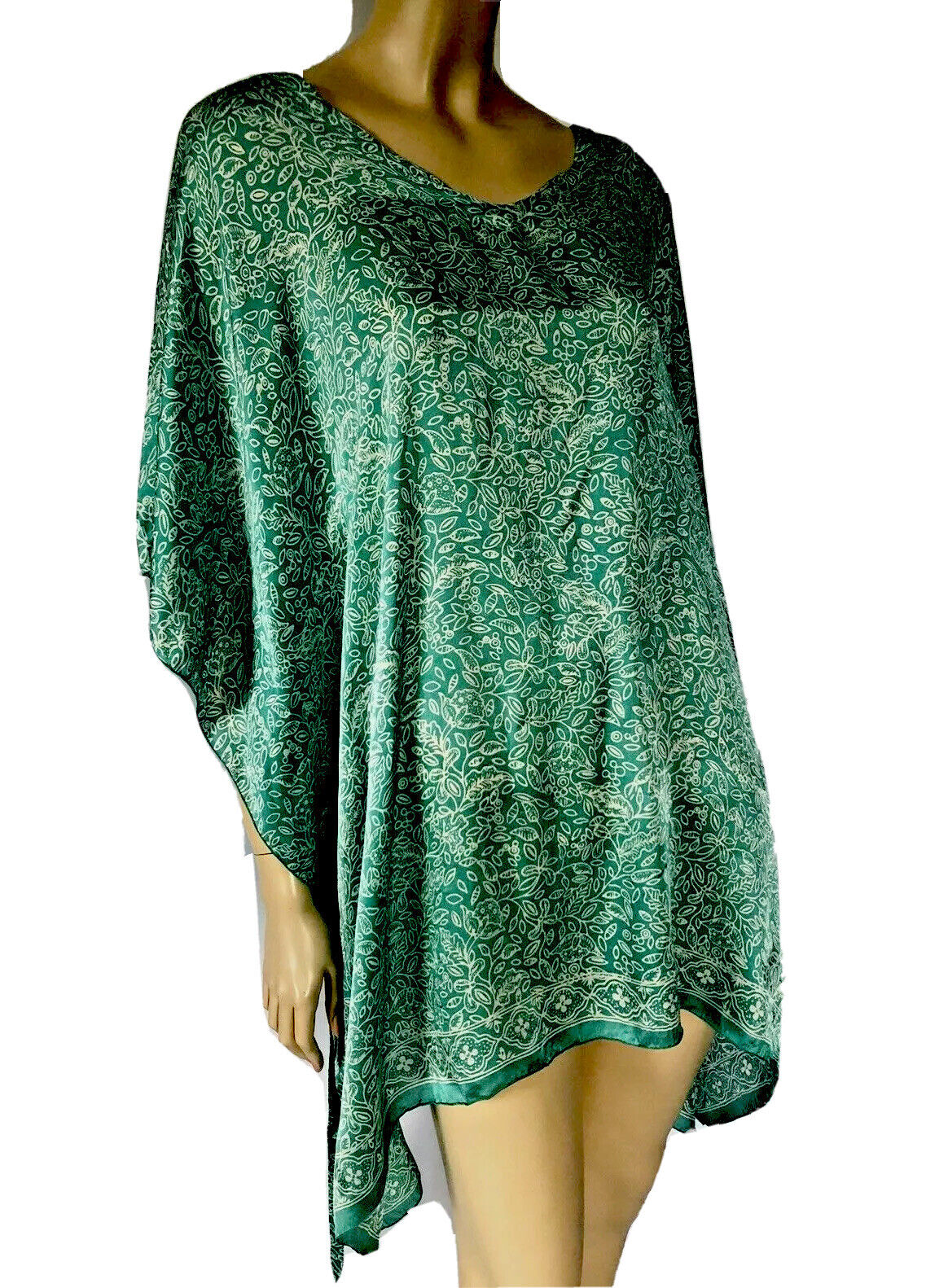 HAND MADE IN INDONESIA GREEN FLORAL PRINT SILK CA… - image 8