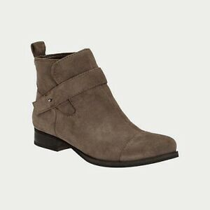 NEW-Clarks-Womens-Leather-Ankle-boots-LADBROKE-Taupe-Pull-On-Casual-boots