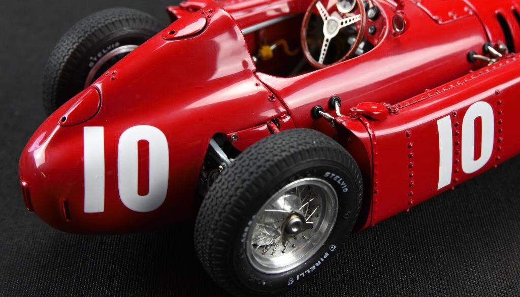 LANCIA d50  10 GP Pau 1955 Eugenio Castellotti CMC m-178 le 1000 nouveau