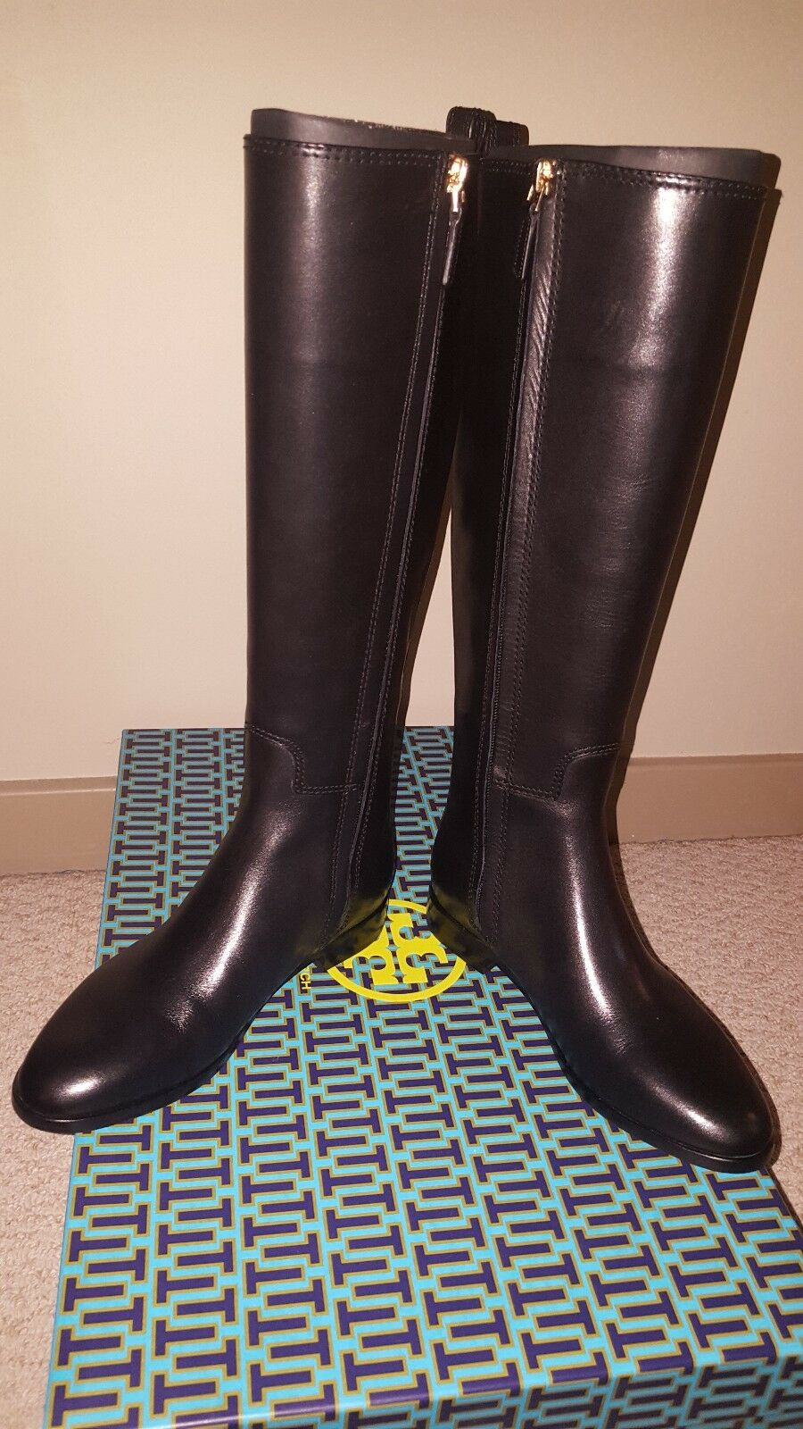 NEW WITH WITH WITH BOX Tory Burch Wyatt Boots in Black Size 6 FREE SHIPPING db36b6