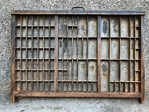 Rare-Beautiful-100-year-old-Printers-TYPE-TRAY-w-Brass-edging-amp-Cast-Iron-Pull