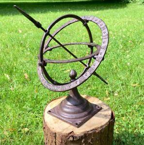 Small-Sundial-as-pretty-patio-decoration-schattenuhr-garden-figures