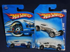Hot Wheels Lot of 2 Sweet 16 II   2006 Mainline White & 2008 All Stars White