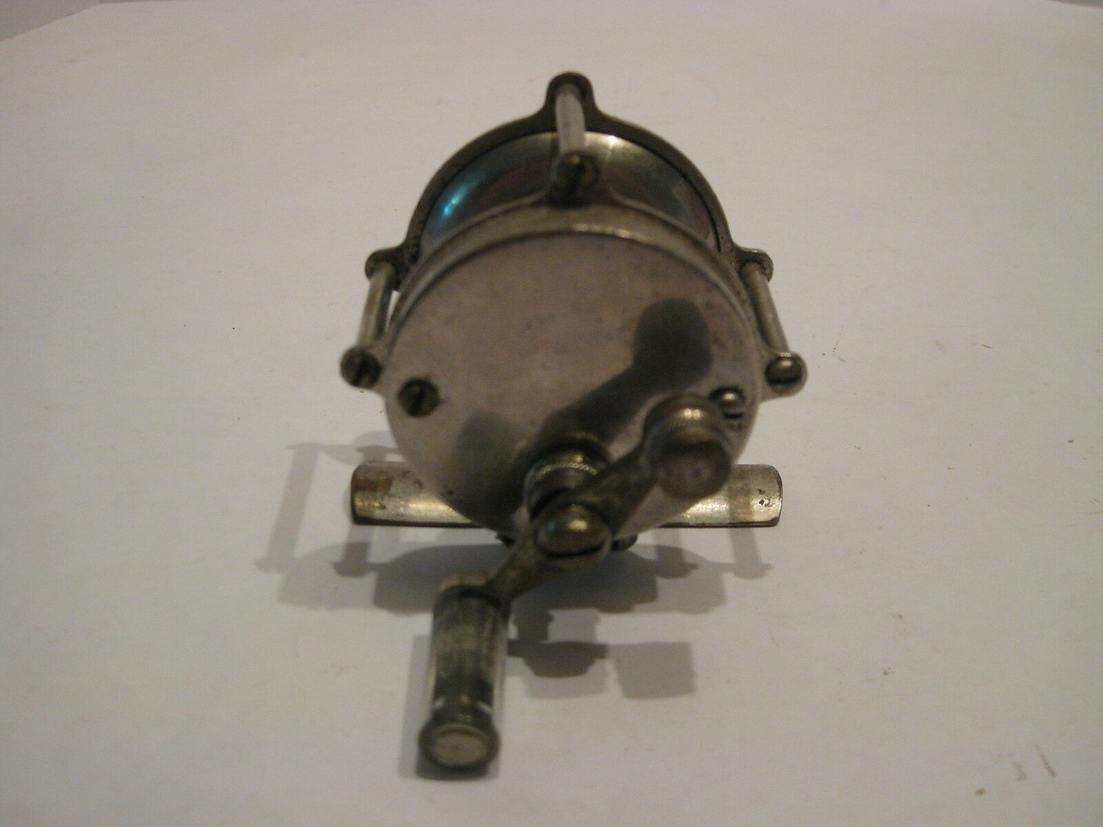 Vintage Level Winding Fishing Reel no markings works properly