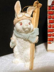 Vintage-Itty-Bitty-Christmas-Ornament-Snow-Bunny-amp-Skis-1986-Miniature-w-Box-USA