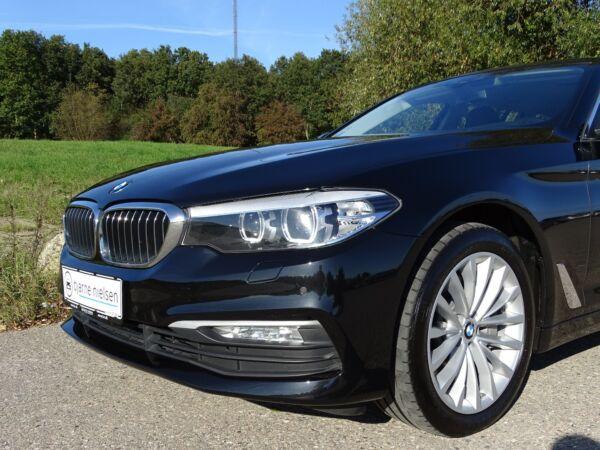 BMW 530d 3,0 Touring xDrive aut. - billede 3