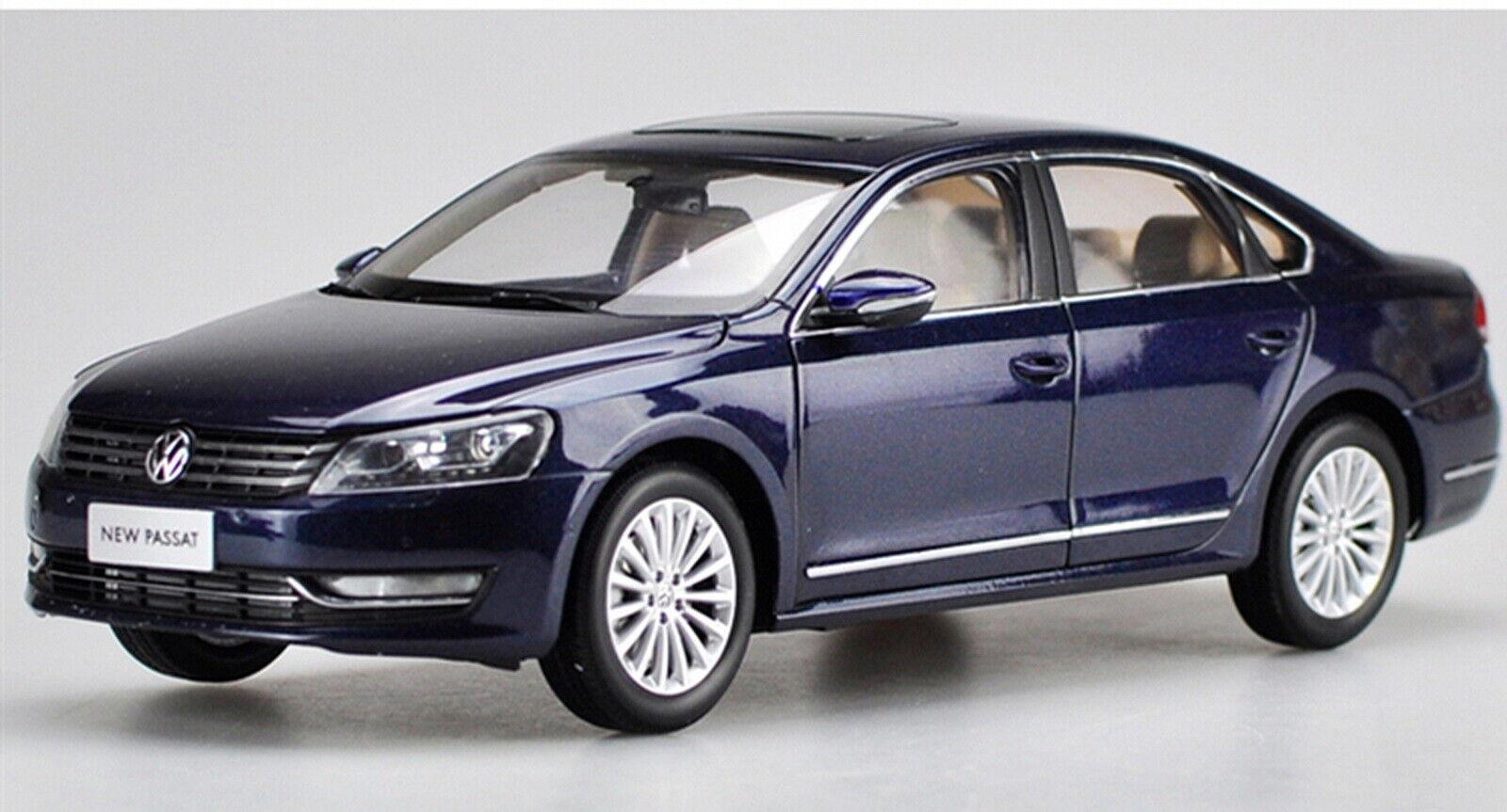 1 18 Scale Volkswagen VW nuovo PASSAT 2011 blu Diecast modello auto giocattolo Collection