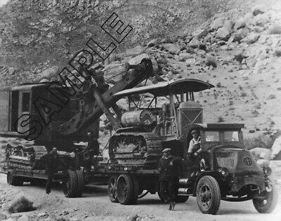 MACK AC hauling CATERPILLAR SIXTY pulling NORTWEST Shovel 8x10 B/&W Glossy Photo