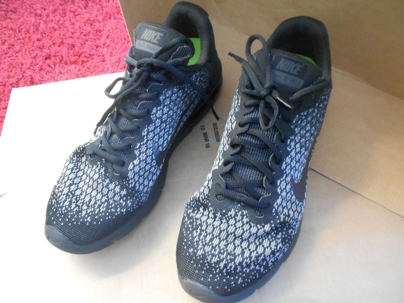 NIKE AIR MAX SEQUENT 2  TRAINERS UK SIZE 9.5 - IN A GOODISH CONDITION