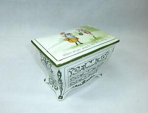 gro e keramikdose mit deckel england royal doulton um 1900. Black Bedroom Furniture Sets. Home Design Ideas