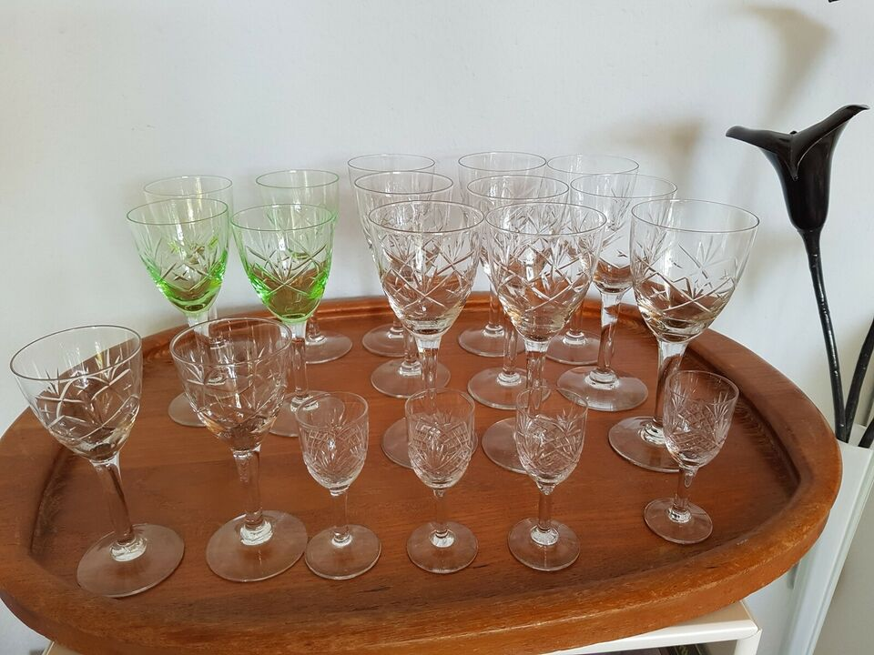 Glas, Vinglas, Ulla Holmegaard