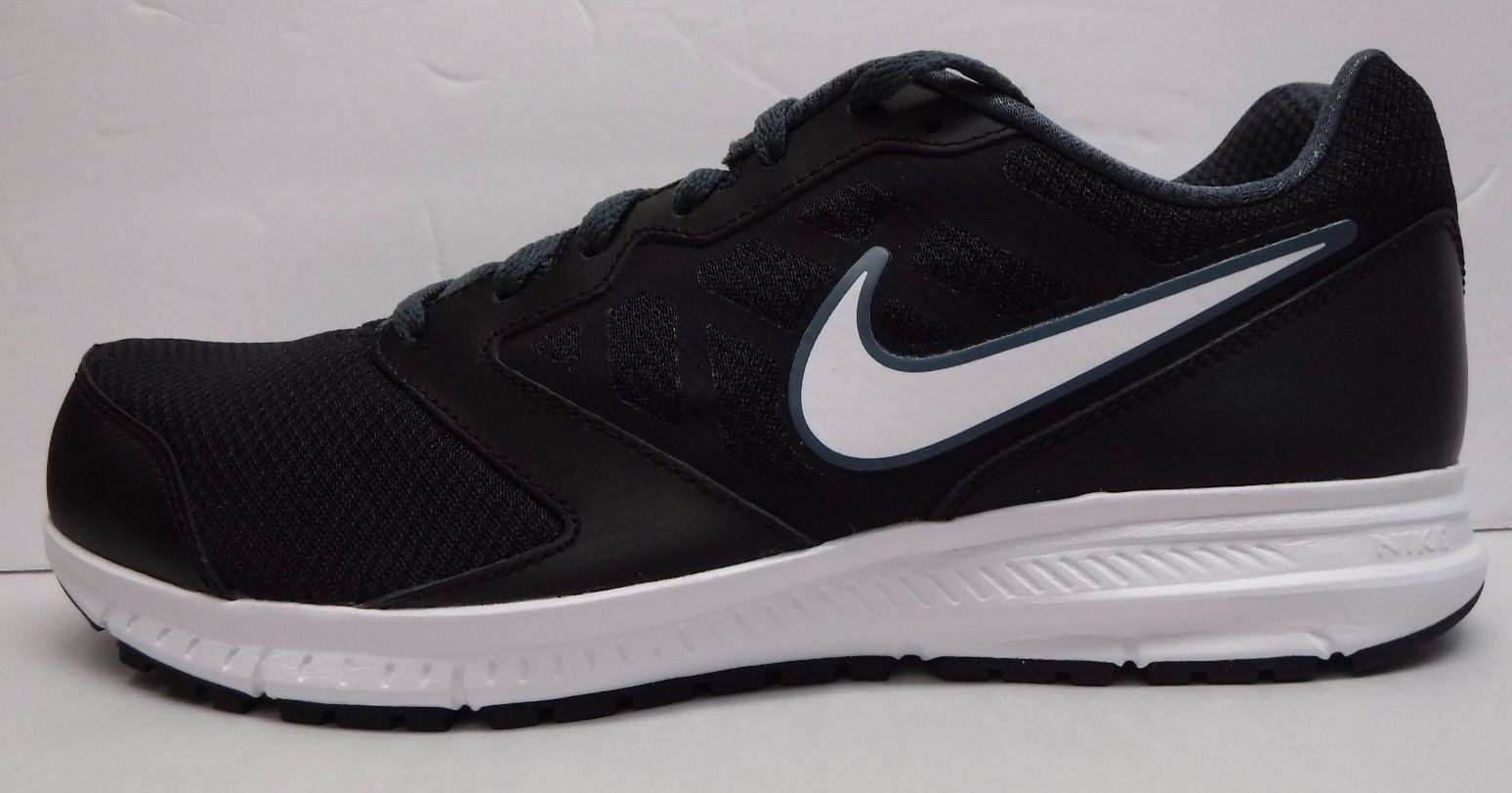 Nike Size 8.5 Wide 4E Black Sneakers New Mens Shoes